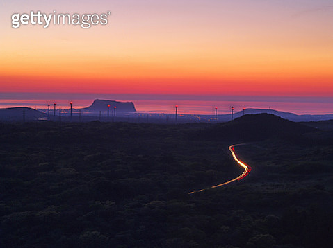 Sunset view of road to reach Seongsan Ilchulbong Tuff Cone (famous travel destination) - gettyimageskorea