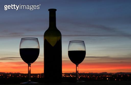 Romantic Evening - gettyimageskorea