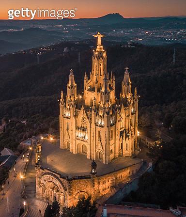 Tibidabo church on mountain in Barcelona, Catalonia (Spain) - gettyimageskorea