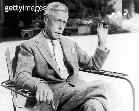 EDWARD VIII (1894-1972). /nKing of Great Britain, 1936. At his Paris home in 1964. - gettyimageskorea