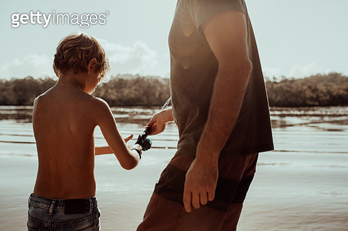 Show me again Dad - gettyimageskorea
