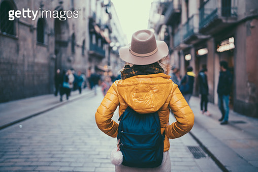 Tourist woman visiting Spain - gettyimageskorea