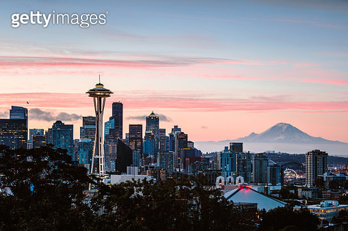 The Space Needle and skyline at sunrise with Mt rainier in the background, Seattle, Washington, USA - gettyimageskorea