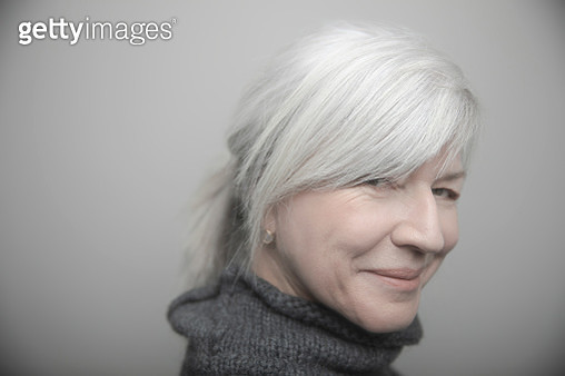 Portrait confident beautiful senior woman with gray hair - gettyimageskorea
