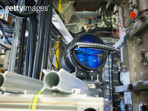 Large Lens In Fusion Reactor - gettyimageskorea