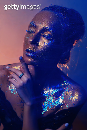 Creative make-up and beauty theme: beautiful girl model with cosmic make-up on face and body - gettyimageskorea