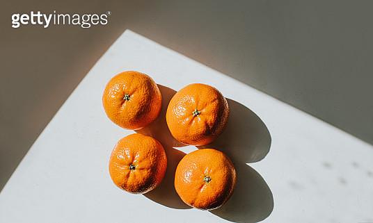 4 Mandarin Oranges - gettyimageskorea
