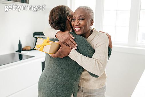 Big hug - gettyimageskorea