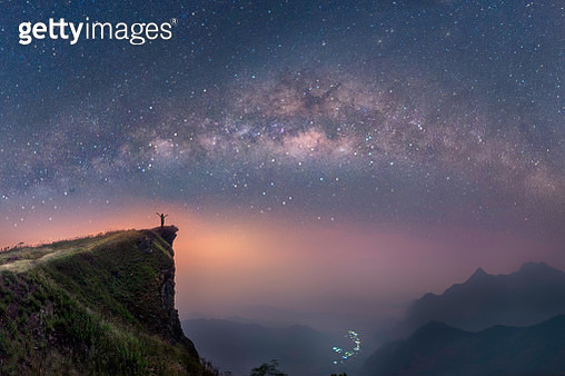 milky way over the mountains of Chiang Rai, Thailand, Phuchifha - gettyimageskorea