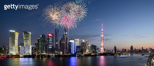Romantic fireworks panoramic view of Shanghai lujiazui huangpu river and the bund - gettyimageskorea