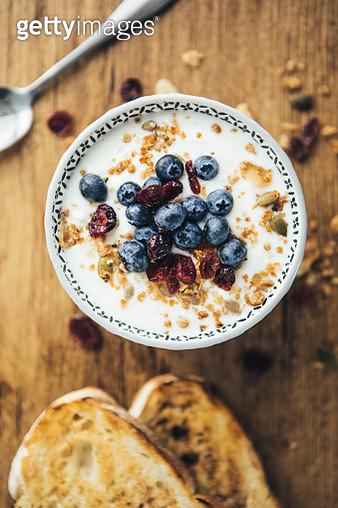 Healthy Breakfast, Yogurt, Granola And Toasts - gettyimageskorea