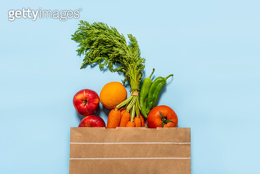 Paper Bag Full Of Fruits And Vegetables - gettyimageskorea