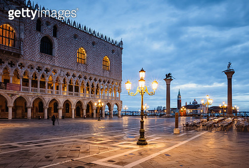 St Mark's square at night, Venice, Italy - gettyimageskorea