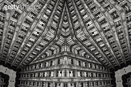 Impossible architectures: black and white kaleidoscopic image of Prudential Tower, a Warsaw skyscraper built between 1931 and 1934 in the Art Deco style - gettyimageskorea