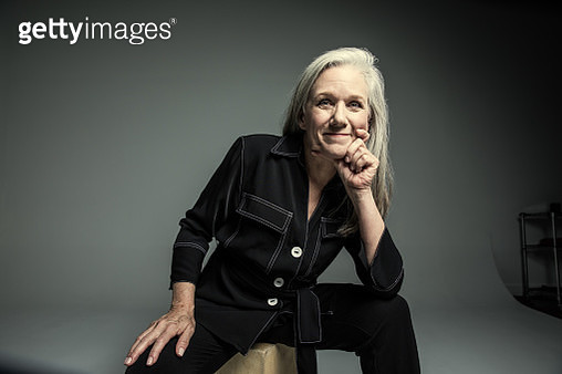 Studio portrait of businesswoman - gettyimageskorea