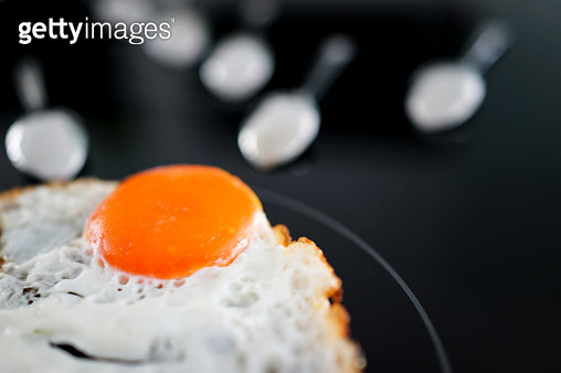 Concept of competition toward the egg - gettyimageskorea