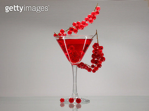 food coloring and martini glass - gettyimageskorea