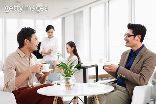 Business men and women in the Office - gettyimageskorea