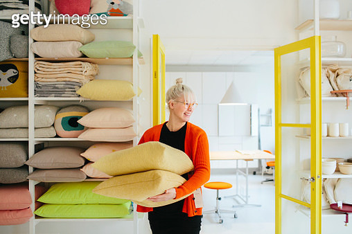 Woman working in shop - gettyimageskorea