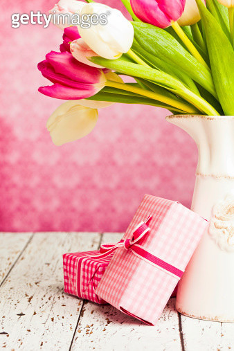 Gifts for Mom - gettyimageskorea