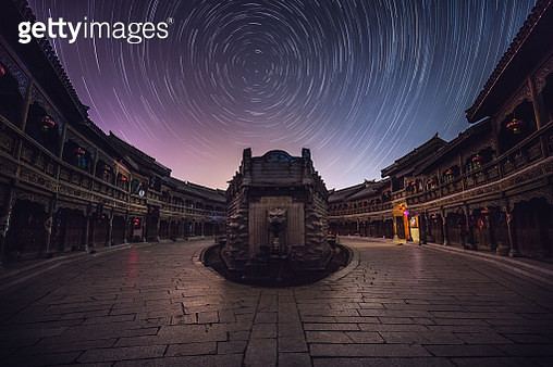 Star trails over Shandong at night, Zaozhuang, China - gettyimageskorea