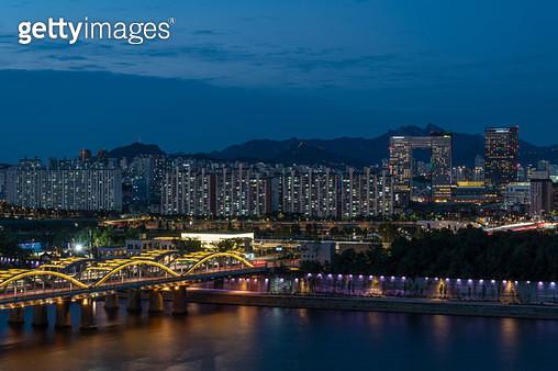 한강대교와 용산, 서울시 용산구 - gettyimageskorea