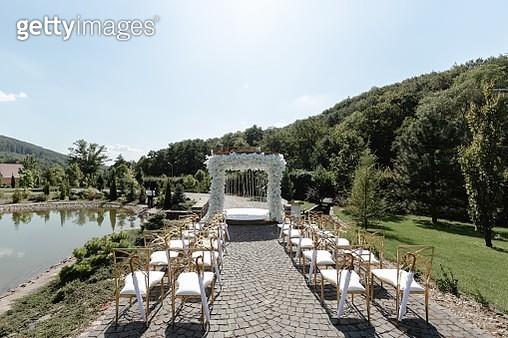 white arch for wedding - stock photo - gettyimageskorea
