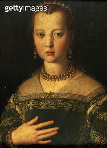 <b>Title</b> : Portrait of Maria de' Medici, 1551  (tempera on panel)<br><b>Medium</b> : tempera on panel<br><b>Location</b> : Galleria degli Uffizi, Florence, Italy<br> - gettyimageskorea
