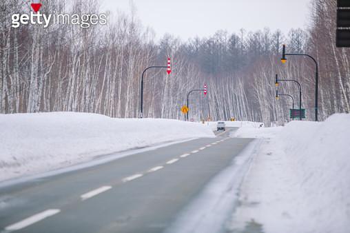 설국의 도로 - gettyimageskorea