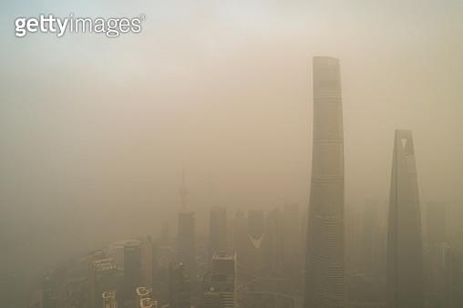 Shanghai city in heavy pollution day - gettyimageskorea