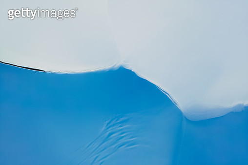 The Sand dunes is covered with snow in winter - gettyimageskorea