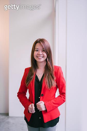 Portrait of Beautiful Asian Businesswomen - gettyimageskorea