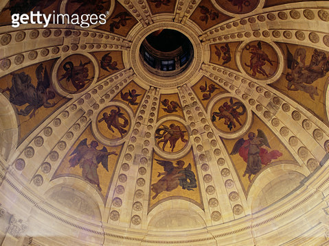 <b>Title</b> : Detail of the dome, built 1635-42 (wall painting)<br><b>Medium</b> : wall painting<br><b>Location</b> : Chapelle de la Sorbonne, Paris, France<br> - gettyimageskorea