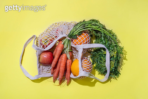 Reusable Cotton Mesh Bag With Fruit And Vegetables - gettyimageskorea