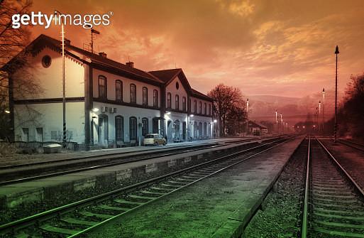 Train Statiom - gettyimageskorea