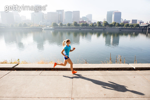 A young girl running for exercise. - gettyimageskorea