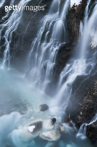 Shirahige Waterfall in winter season, Biei, Hokkaido, Japan - gettyimageskorea