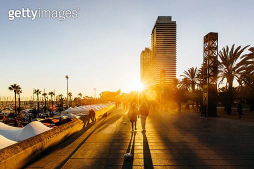People walking at Passeig Maritim (Promenade) in Port Olimpic, Barcelona, Catalonia, Spain - gettyimageskorea