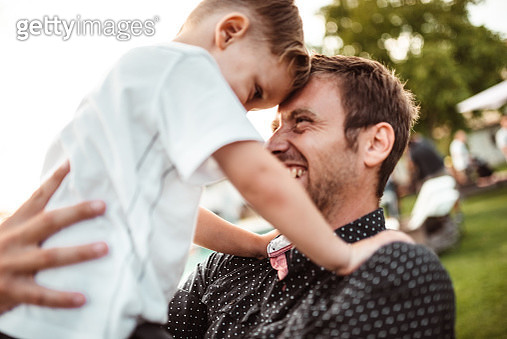 happy father with son - gettyimageskorea