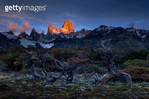 Sunrise moment of Mt. Fitz Roy , Patagonia - gettyimageskorea