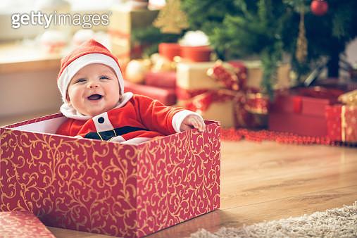 Christmas baby - gettyimageskorea
