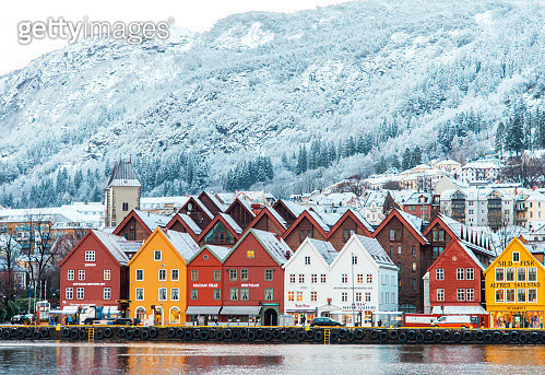 Bryggen, the old Hanseatic wharf of Bergen, which is on the UNESCO list of World Cultural Heritage Sites. - gettyimageskorea