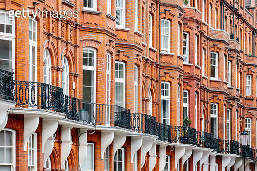 Victorian style houses in London, UK - gettyimageskorea