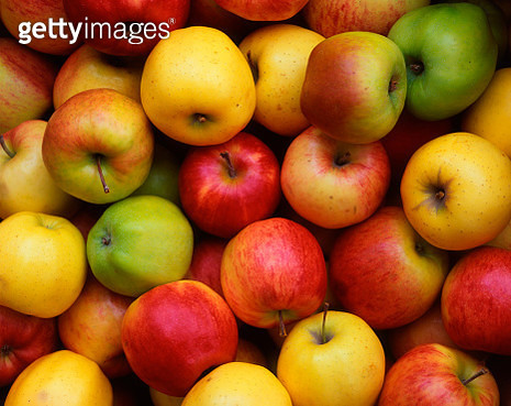 Apples at Farmer's Market - gettyimageskorea