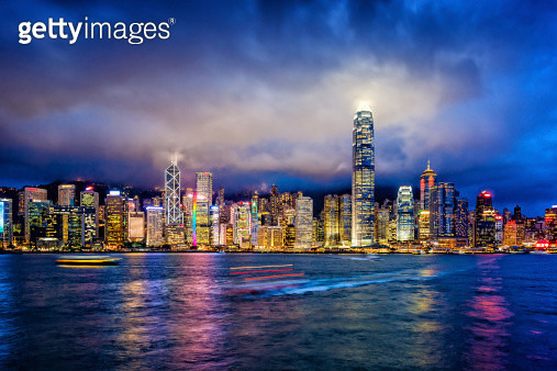 Hong Kong financial district at twilight - gettyimageskorea