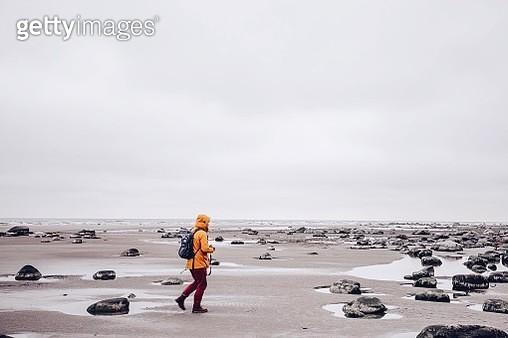 Woman On Beach - gettyimageskorea