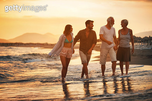 Family on a vacation. - gettyimageskorea