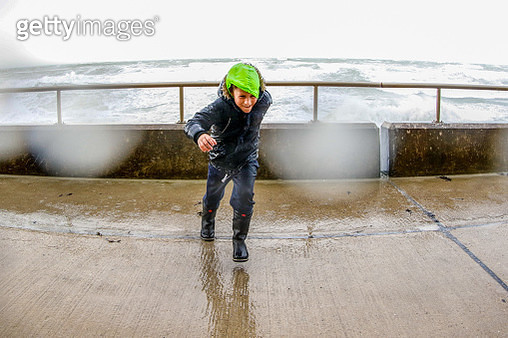 Stormy weather on coastal path - gettyimageskorea
