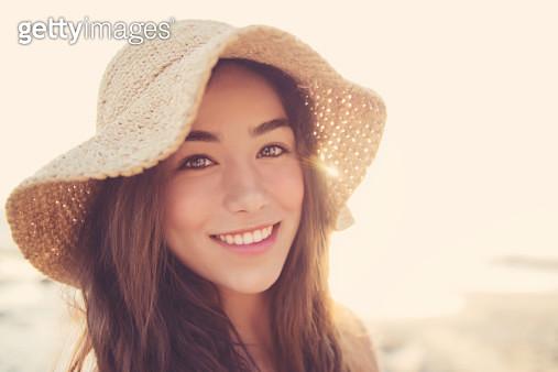 Sun Flare Smile - Teen Girl - gettyimageskorea