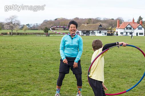 Hula-Hoop Fun With My Son - gettyimageskorea